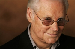 Country singer George Jones dies at 81